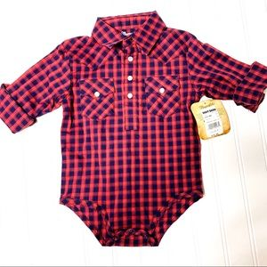 Wrangler red/blue plaid onesie sz 6-9 months